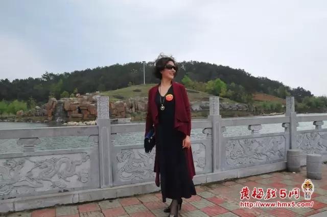 蕲春县黄梅戏剧团孙华老师