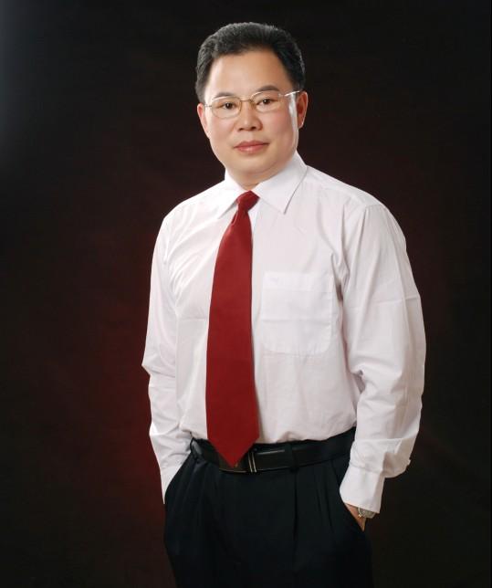 湖北黄梅县黄梅戏剧团演员吴红军